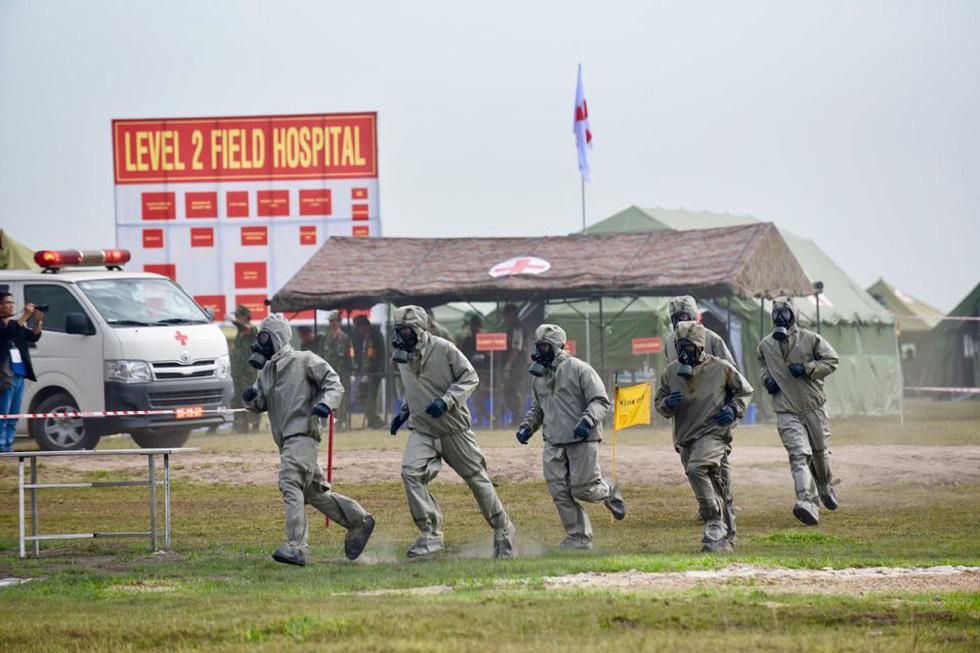 2.000 binh sĩ và người dân Việt Nam và Campuchia diễn tập cứu nạn tại biên giới - Ảnh 5.