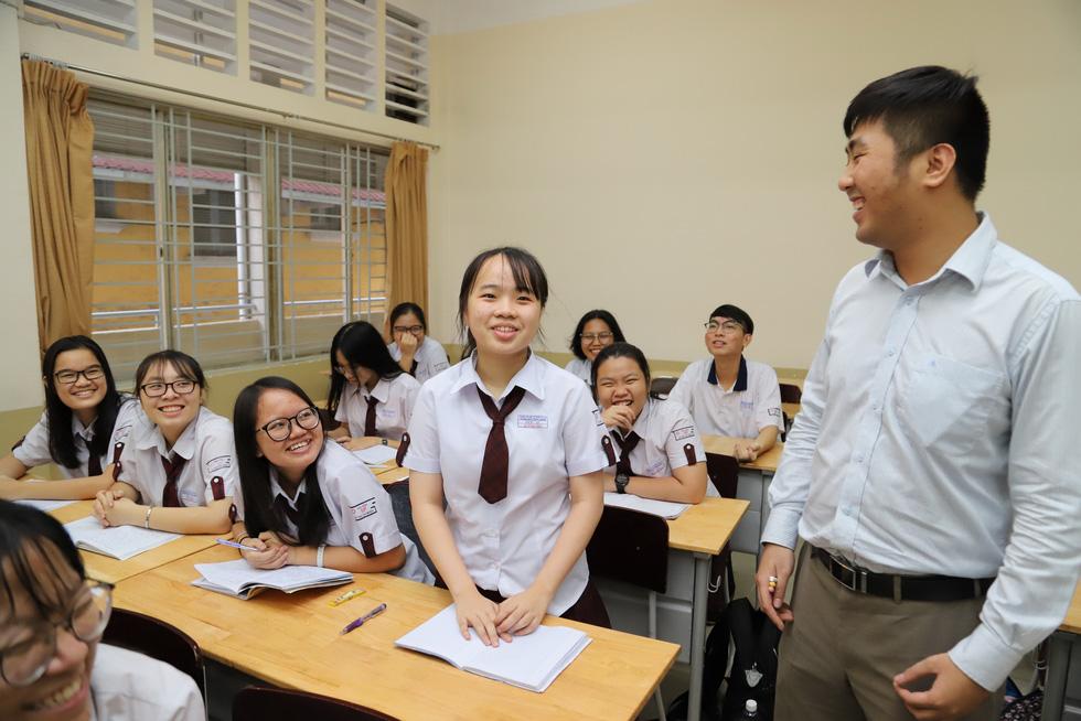 Thầy giáo xin bài văn của học trò: Không dò bài, trả bài mỗi ngày - Ảnh 4.