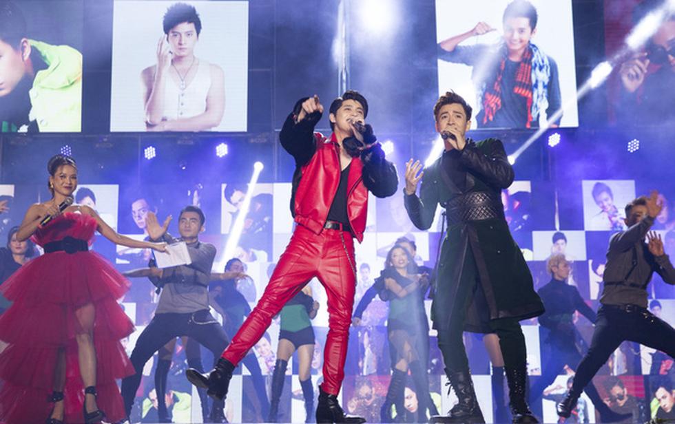 Ngô Kiến Huy vỡ òa với 10.000 khán giả trong live show Truyền thái y - Ảnh 5.