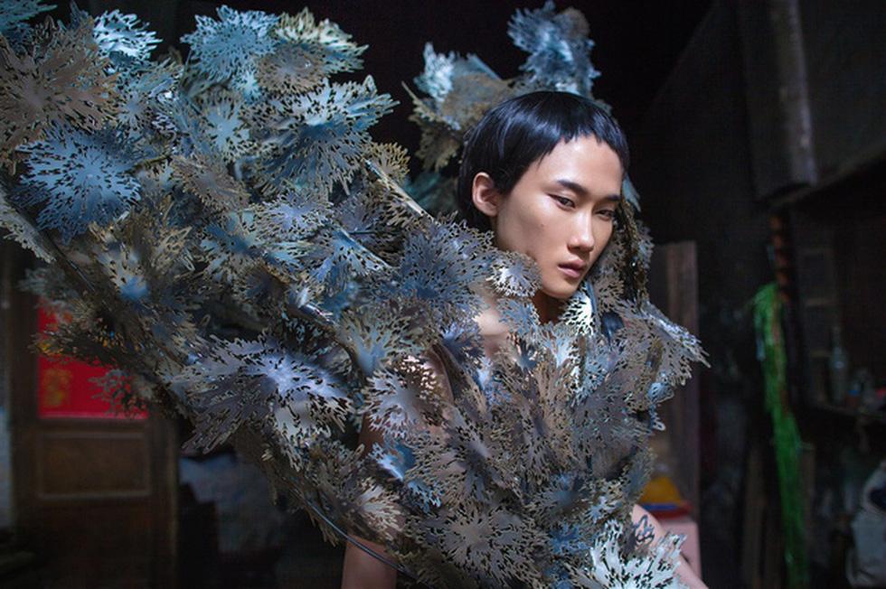 Nhà thiết kế Nguyễn Công Trí: Tôi tìm thấy bình an trong  chính mình - Ảnh 16.