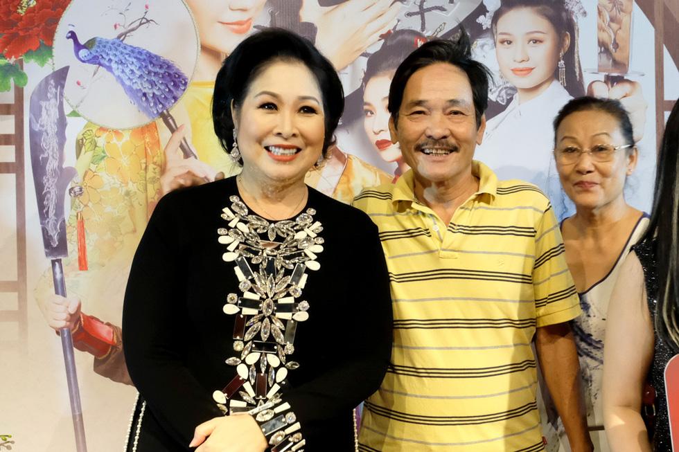 Minh Luân đầu tư vào sân khấu kịch Hồng Vân - Chợ Lớn - Ảnh 8.