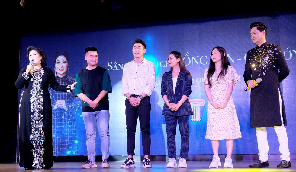 Minh Luân đầu tư vào sân khấu kịch Hồng Vân - Chợ Lớn - Ảnh 4.