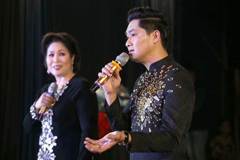 Minh Luân đầu tư vào sân khấu kịch Hồng Vân - Chợ Lớn - Ảnh 2.