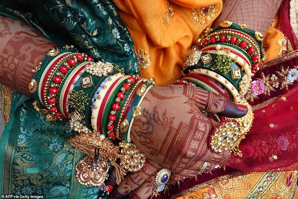 Doanh nhân chi tiền làm đám cưới cho 271 cô dâu mồ côi cha - Ảnh 6.