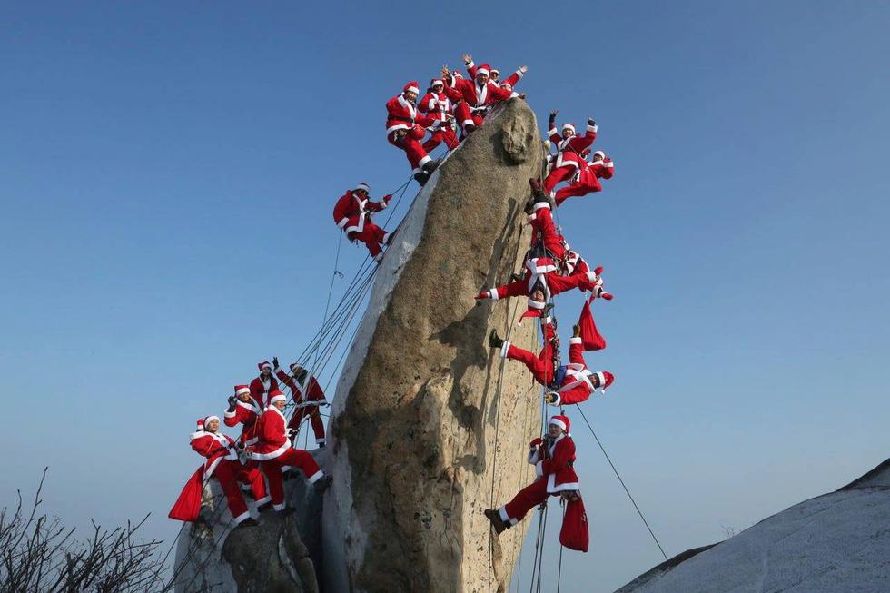 Chùm ảnh: Giáng sinh ấm áp vòng quanh thế giới - Ảnh 3.