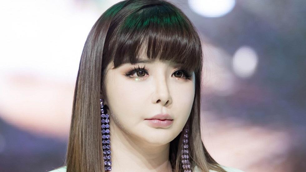 Showbiz Hàn Quốc và một thập kỷ những bê bối chấn động - Ảnh 7.