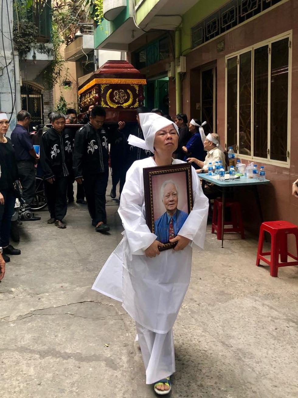 Con gái nhạc sĩ Nguyễn Văn Tý: Ba tôi đã ra đi nhẹ nhàng, thanh thản - Ảnh 4.