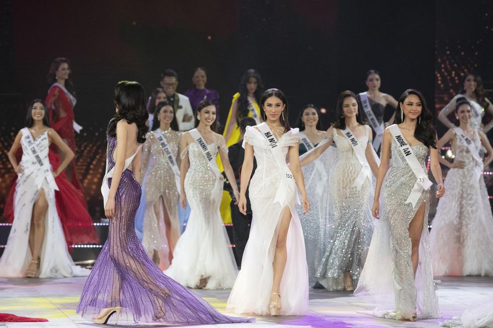 45 thí sinh Hoa hậu Hoàn vũ Việt Nam 2019 nóng bỏng trình diễn bikini - Ảnh 13.