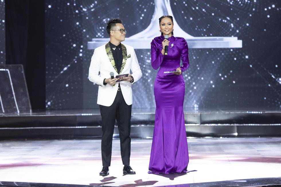 45 thí sinh Hoa hậu Hoàn vũ Việt Nam 2019 nóng bỏng trình diễn bikini - Ảnh 3.