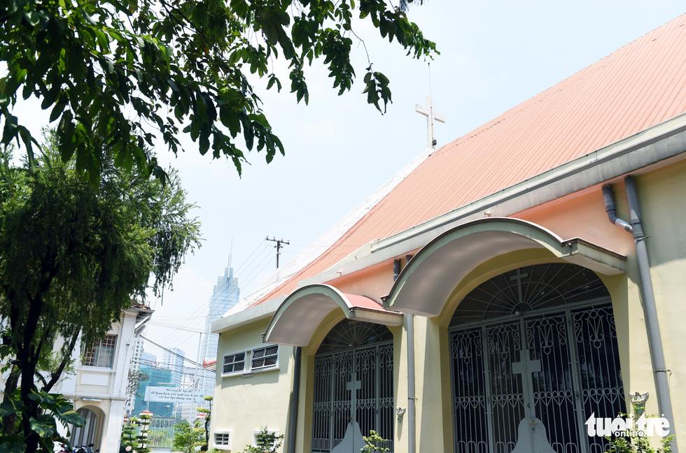 Ngắm hai công trình Công giáo cổ ở Thủ Thiêm vừa được công nhận di tích - Ảnh 7.