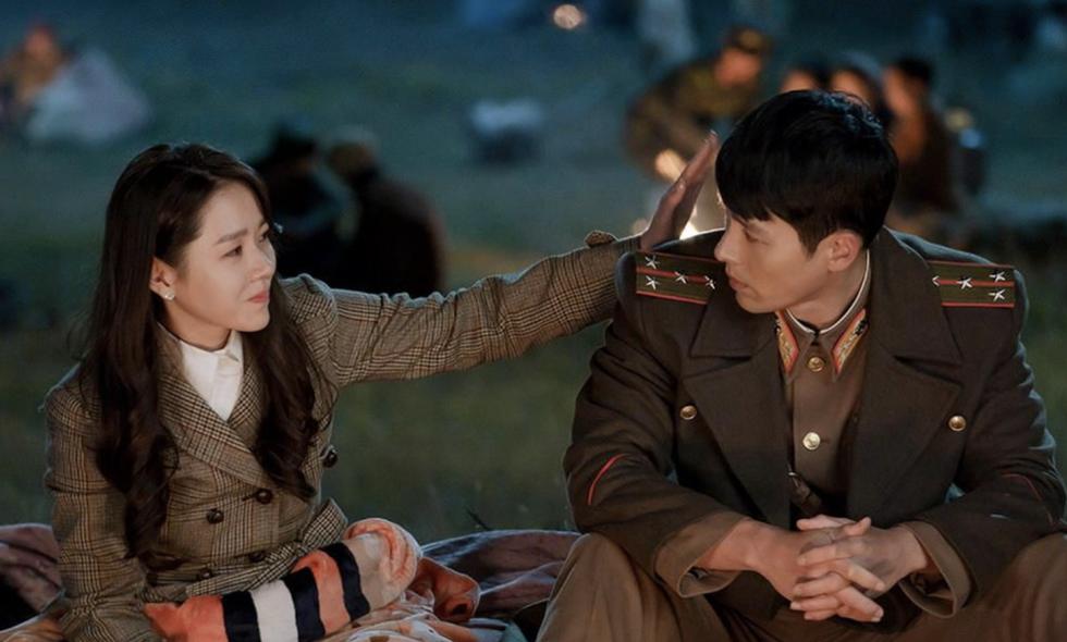 Crash Landing on You: Tình xuyên biên giới của Son Ye Jin và Hyun Bin - Ảnh 5.