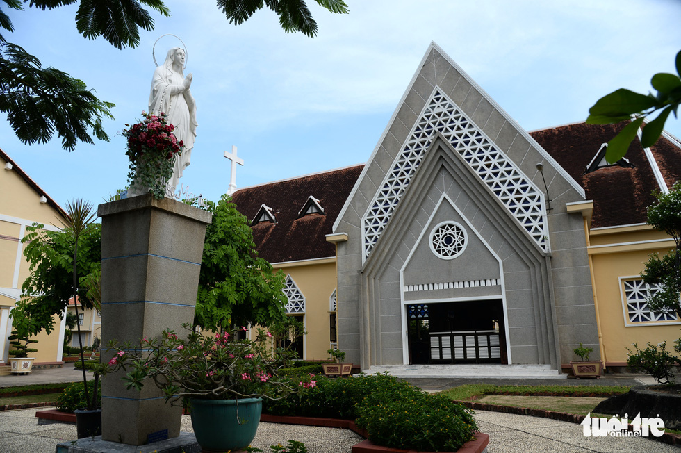 Ngắm hai công trình Công giáo cổ ở Thủ Thiêm vừa được công nhận di tích - Ảnh 13.
