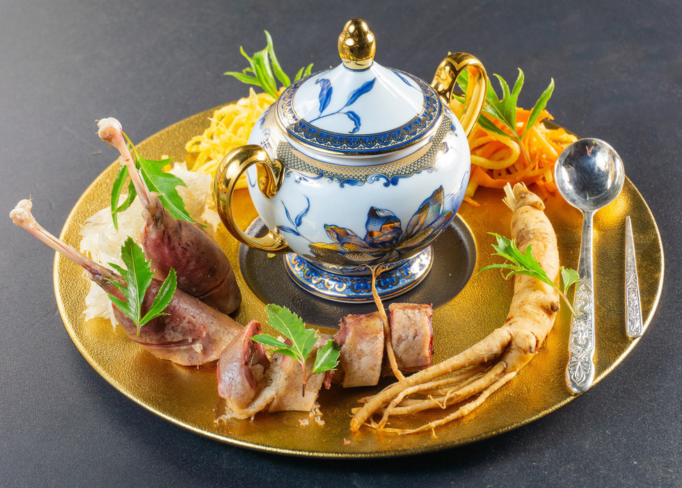 Ngắm những món ăn cung đình sang chảnh của đầu bếp Top Chef Vietnam - Ảnh 3.