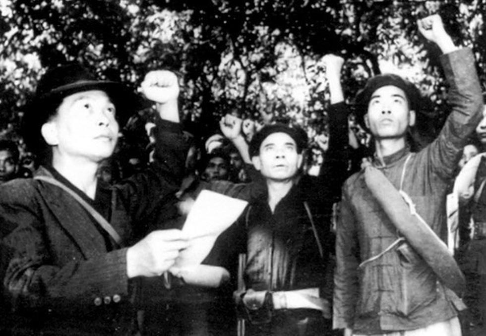 Chùm ảnh lịch sử vĩ đại 75 năm Quân đội nhân dân Việt Nam - Ảnh 2.