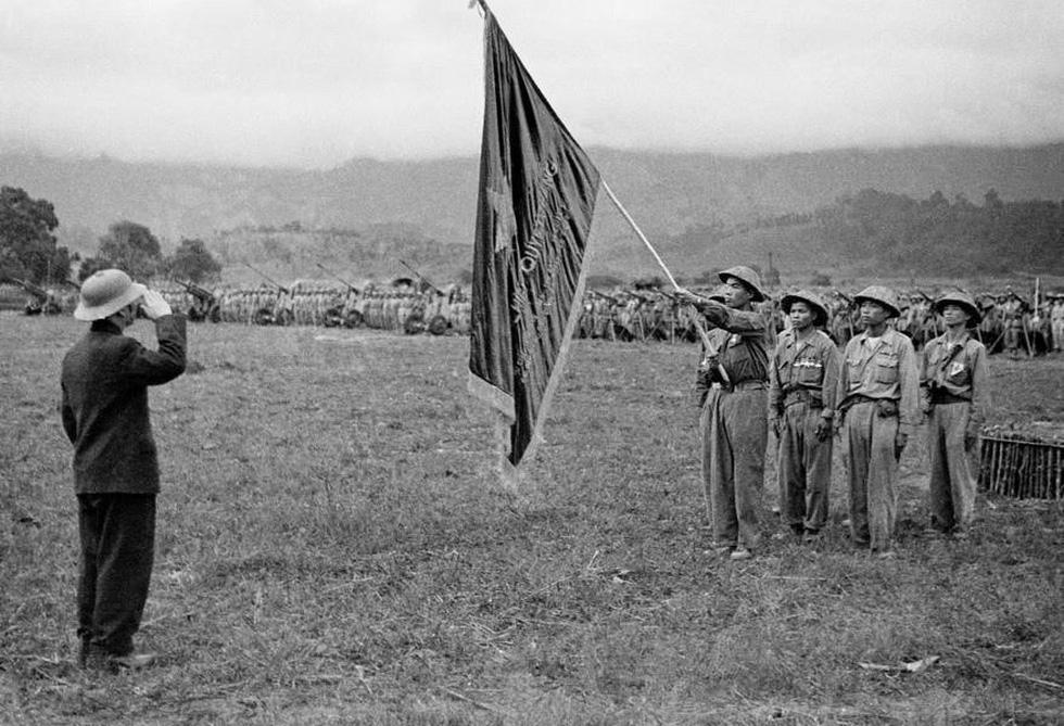 Chùm ảnh lịch sử vĩ đại 75 năm Quân đội nhân dân Việt Nam - Ảnh 6.