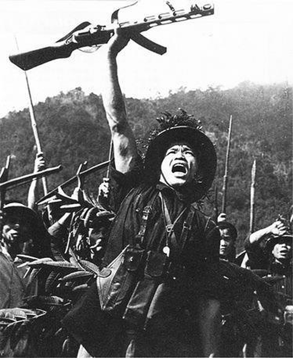 Chùm ảnh lịch sử vĩ đại 75 năm Quân đội nhân dân Việt Nam - Ảnh 3.