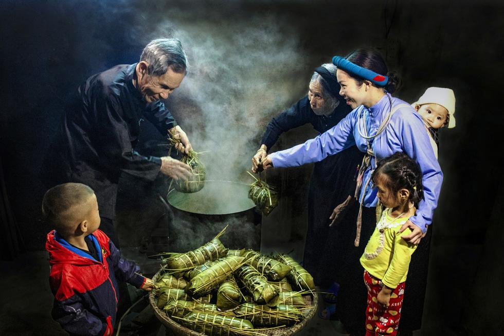 Ngắm những khoảnh khắc yêu thương gia đình ở khắp nẻo Việt Nam - Ảnh 2.