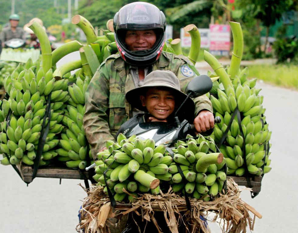 Ngắm những khoảnh khắc yêu thương gia đình ở khắp nẻo Việt Nam - Ảnh 5.