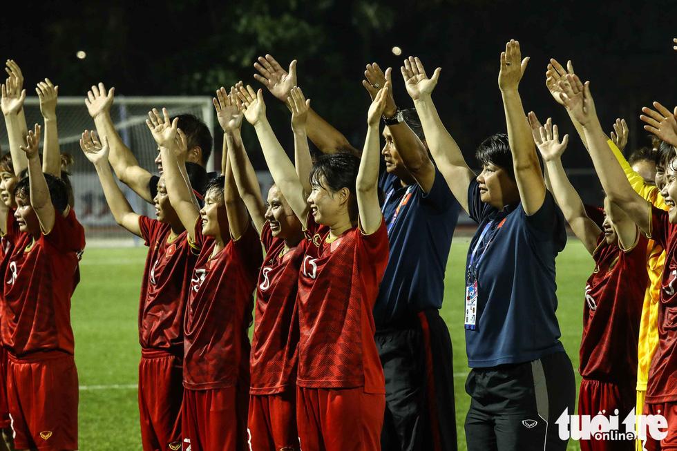 Trận đấu quả cảm của các nữ tuyển thủ Việt Nam - Ảnh 8.