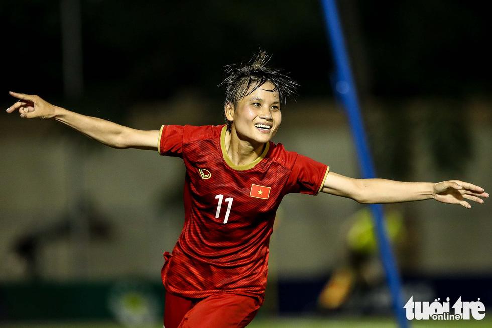 Trận đấu quả cảm của các nữ tuyển thủ Việt Nam - Ảnh 4.