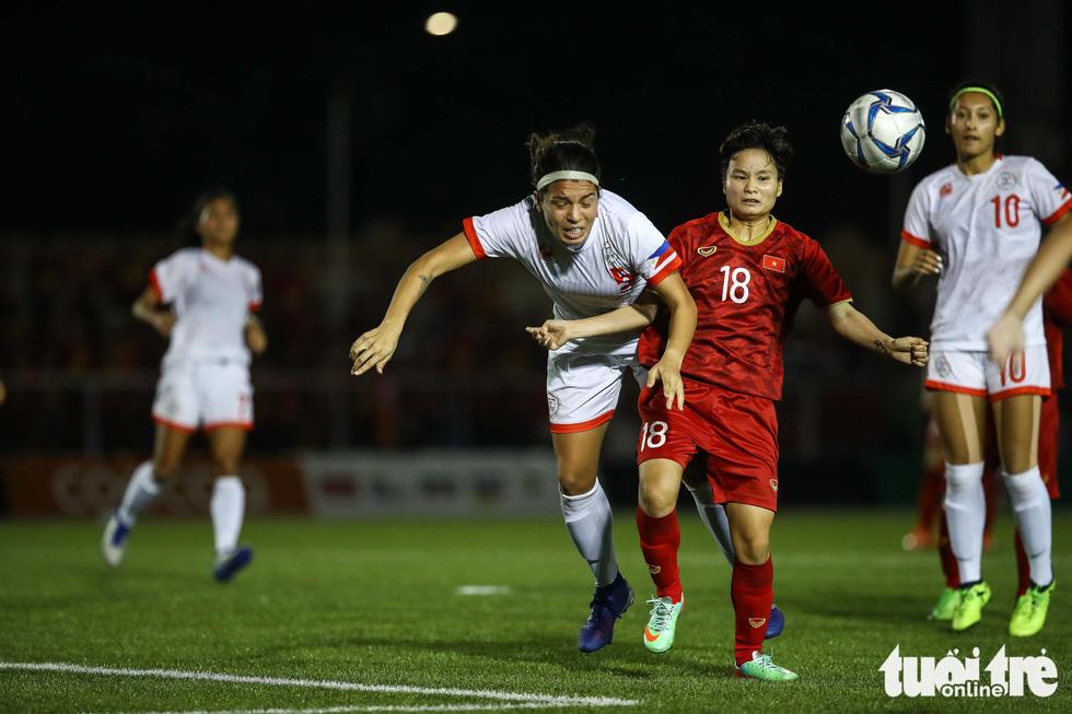 Trận đấu quả cảm của các nữ tuyển thủ Việt Nam - Ảnh 7.