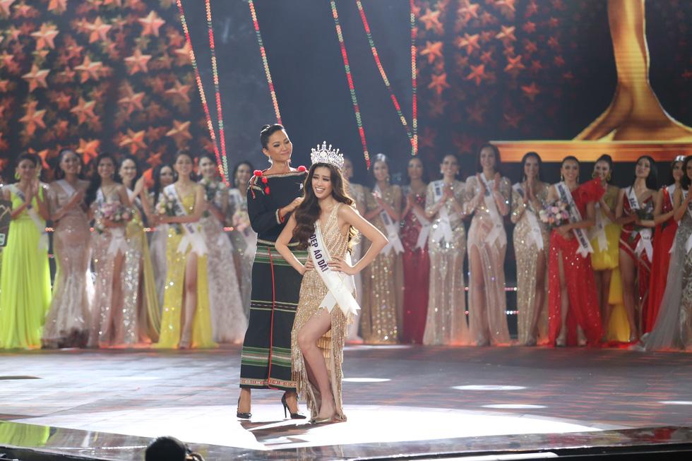 Hoa hậu Hoàn vũ Việt Nam 2019 gọi tên cô gái TP.HCM Nguyễn Trần Khánh Vân - Ảnh 1.