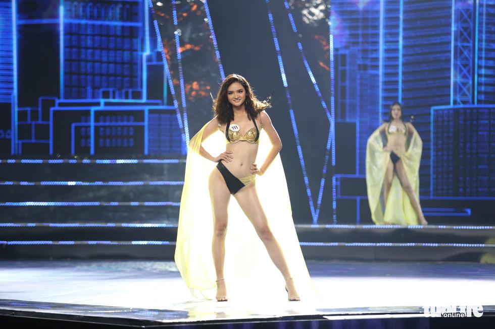 Trình diễn bikini của Top 15 Hoa hậu Hoàn vũ Việt Nam 2019 - Ảnh 14.