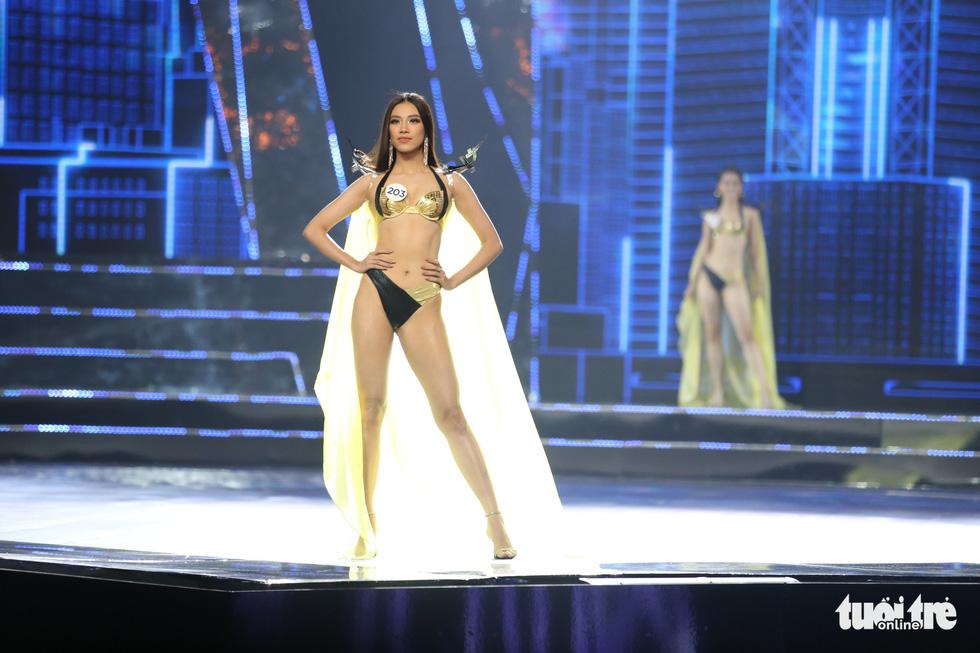 Trình diễn bikini của Top 15 Hoa hậu Hoàn vũ Việt Nam 2019 - Ảnh 15.