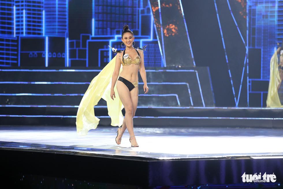 Trình diễn bikini của Top 15 Hoa hậu Hoàn vũ Việt Nam 2019 - Ảnh 3.