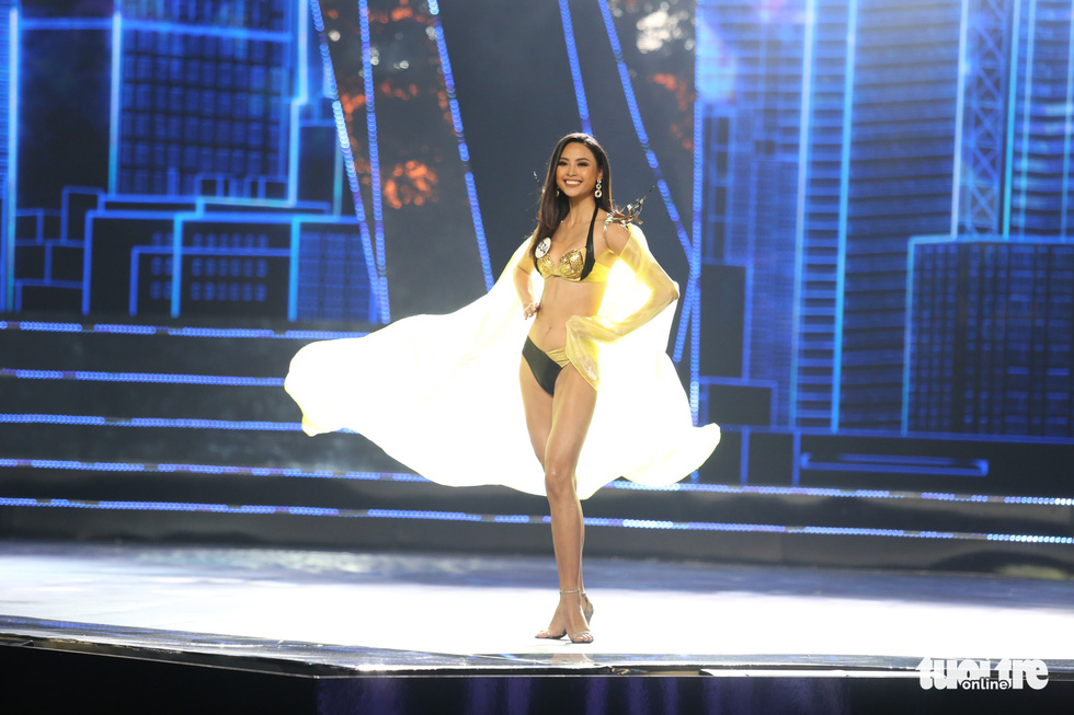 Trình diễn bikini của Top 15 Hoa hậu Hoàn vũ Việt Nam 2019 - Ảnh 2.