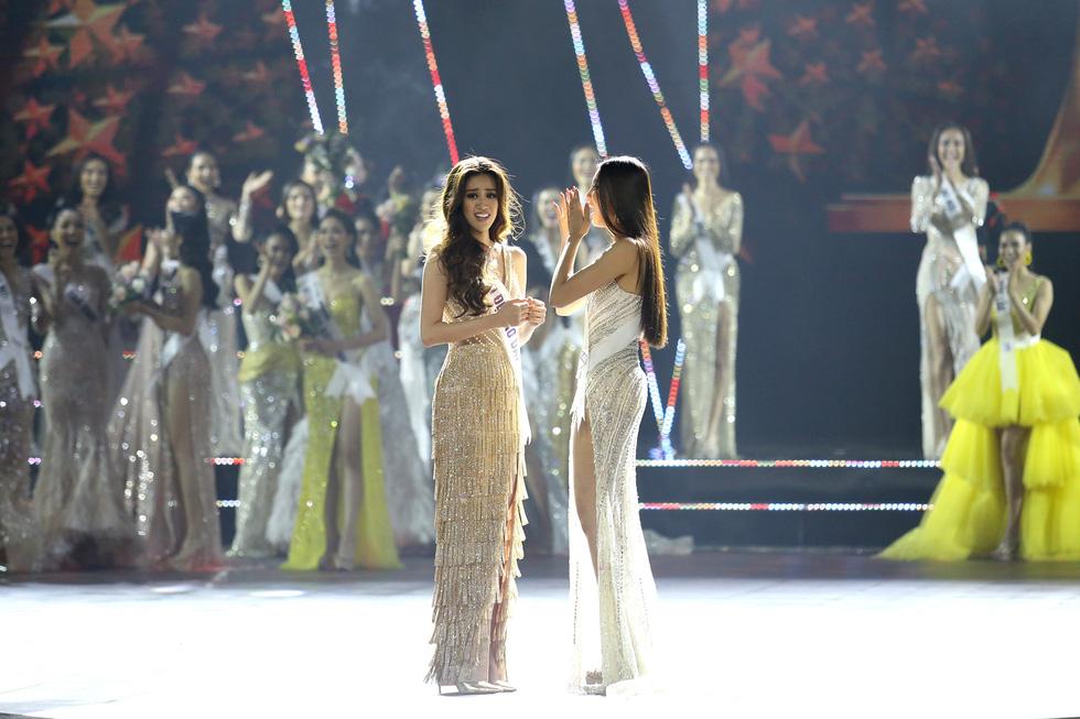 Cận cảnh nhan sắc tân Hoa hậu Hoàn vũ Việt Nam Nguyễn Trần Khánh Vân - Ảnh 13.