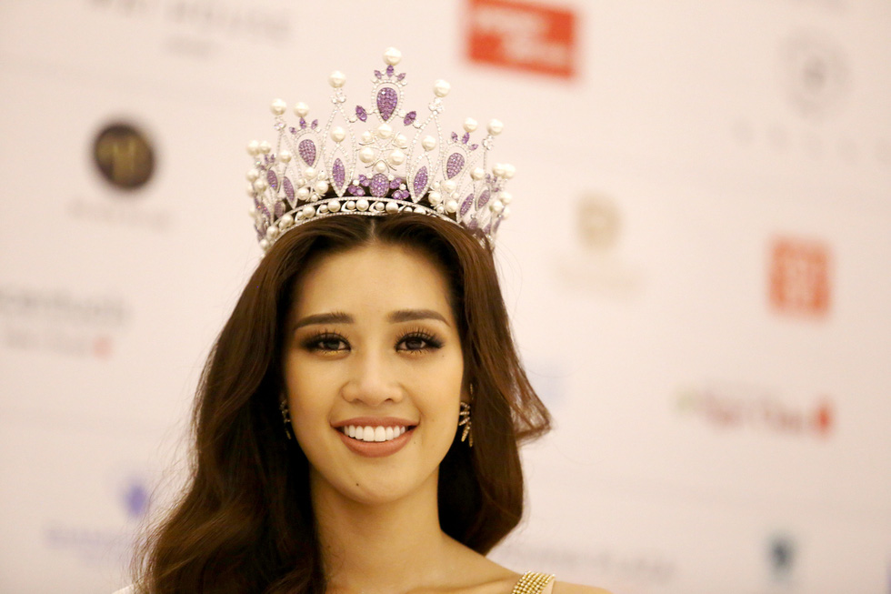 Cận cảnh nhan sắc tân Hoa hậu Hoàn vũ Việt Nam Nguyễn Trần Khánh Vân - Ảnh 1.