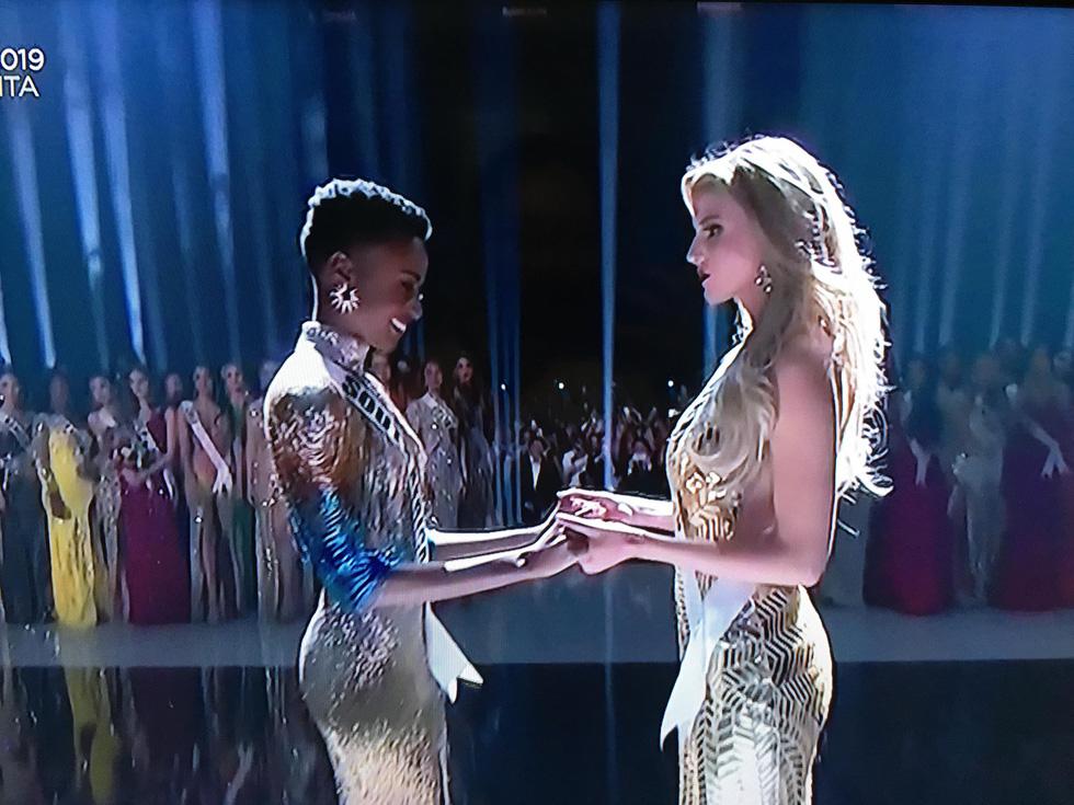 Người đẹp Nam Phi Zozibini Tunzi giành vương miện Miss Universe 2019 - Ảnh 9.
