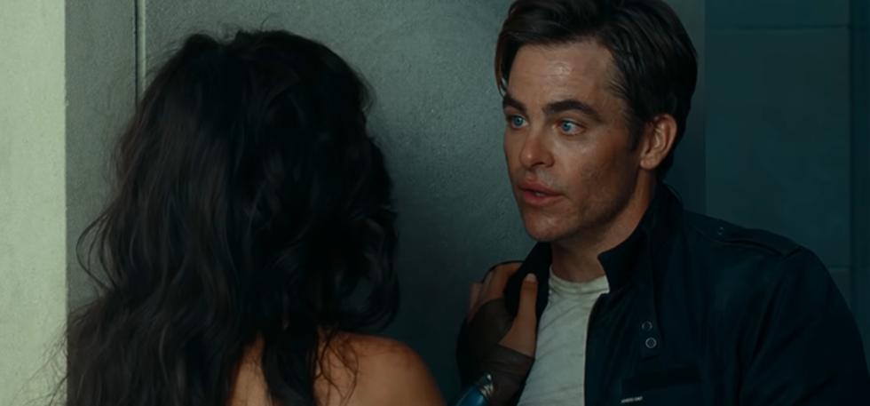 Trailer phần 2 tiết lộ người yêu của Wonder Woman còn sống? - Ảnh 3.