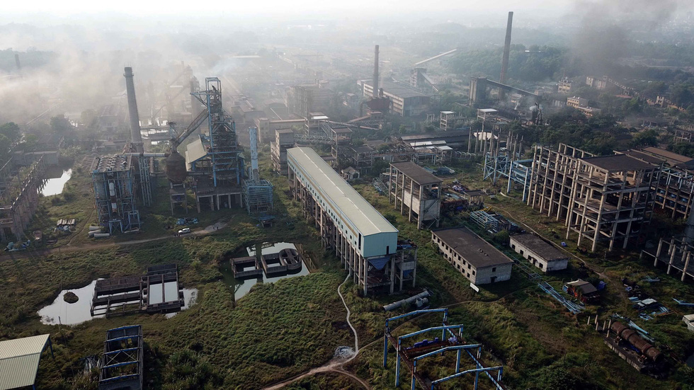 Nhà máy gang thép Thái Nguyên: 8.100 tỉ đồng thành đống sắt gỉ - Ảnh 1.