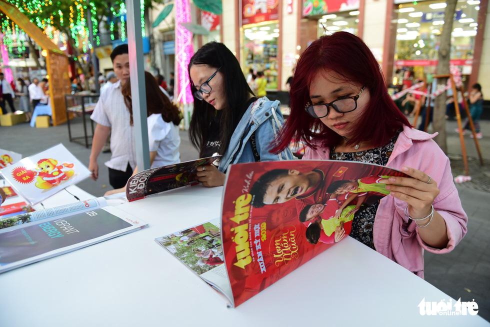 Khai mạc lễ hội đường sách Tết Kỷ Hợi 2019 - Ảnh 6.