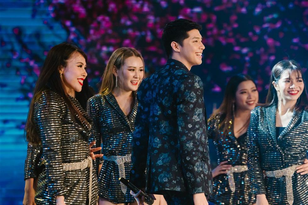 Đen Vâu, Anna Trương, Noo Phước Thịnh xuất hiện trong Chúc xuân 2019 - Ảnh 2.