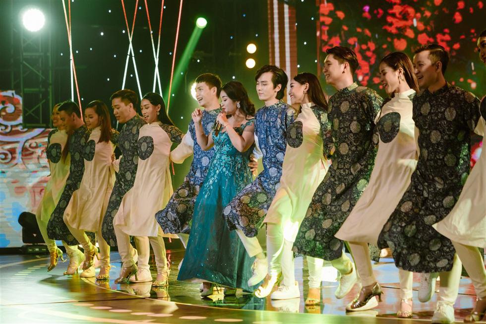 Đen Vâu, Anna Trương, Noo Phước Thịnh xuất hiện trong Chúc xuân 2019 - Ảnh 7.
