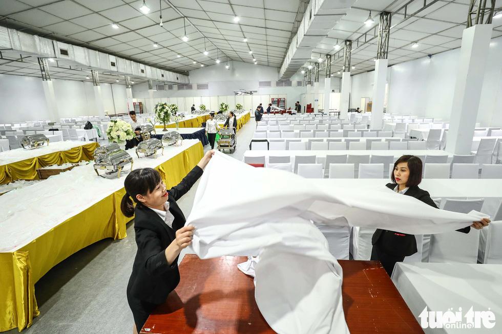 Cận cảnh nơi làm việc của 3.000 nhà báo đưa tin sự kiện Mỹ - Triều - Ảnh 2.