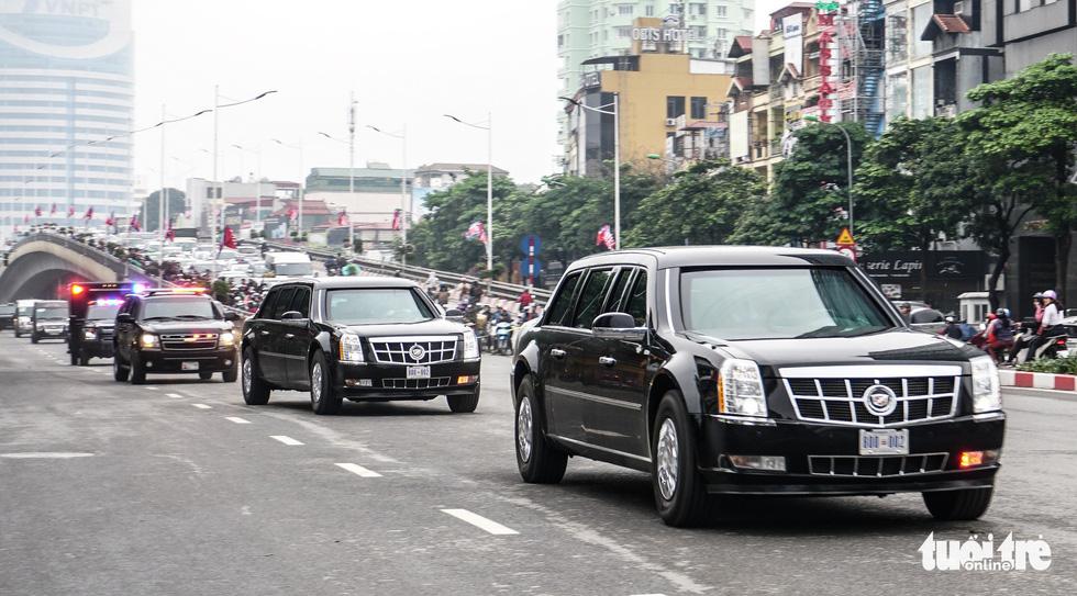 Xe Quái thú của ông Trump đến Hà Nội - Ảnh 7.