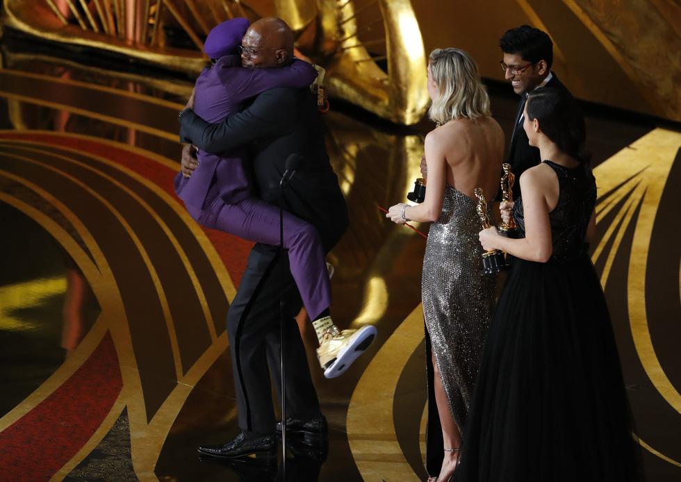 Choáng váng Green Book đoạt Oscar phim hay nhất năm nay! - Ảnh 10.