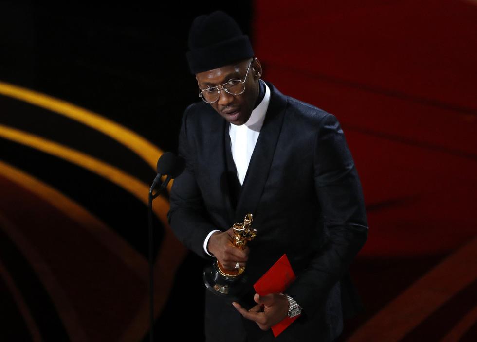 Choáng váng Green Book đoạt Oscar phim hay nhất năm nay! - Ảnh 15.