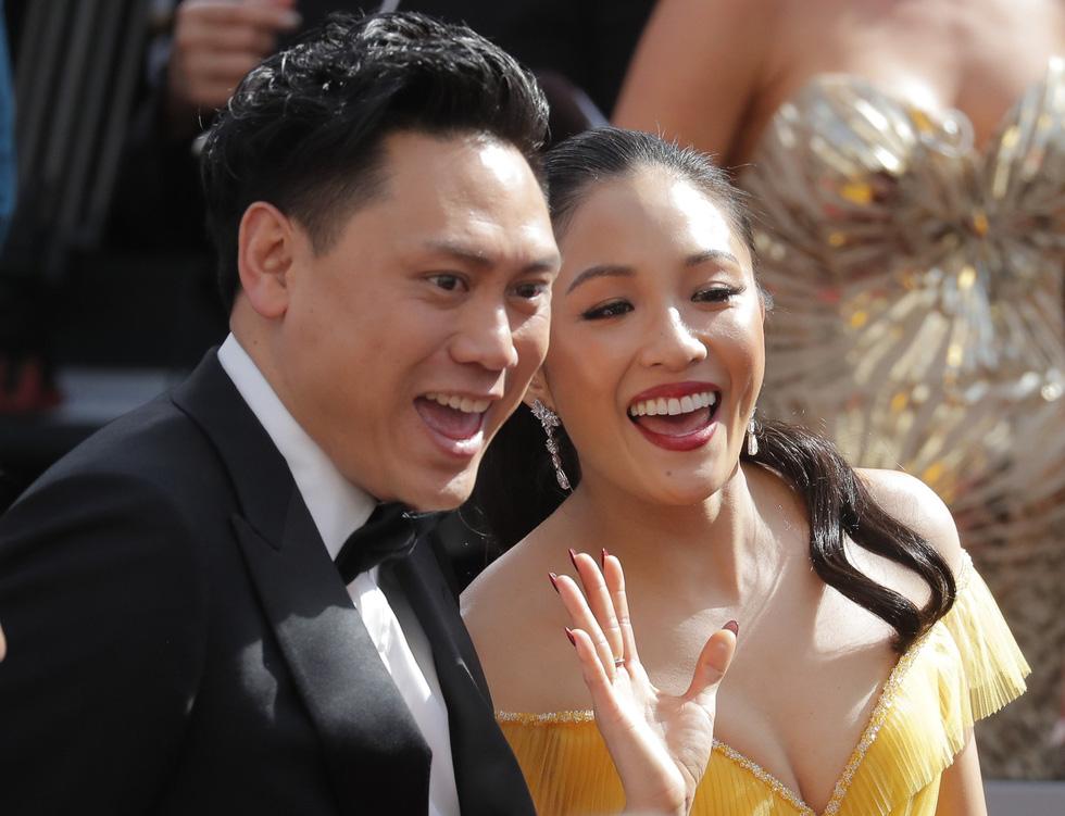 Lộng lẫy dàn sao Hollywood đổ về thảm đỏ Oscar lần thứ 91 - Ảnh 7.