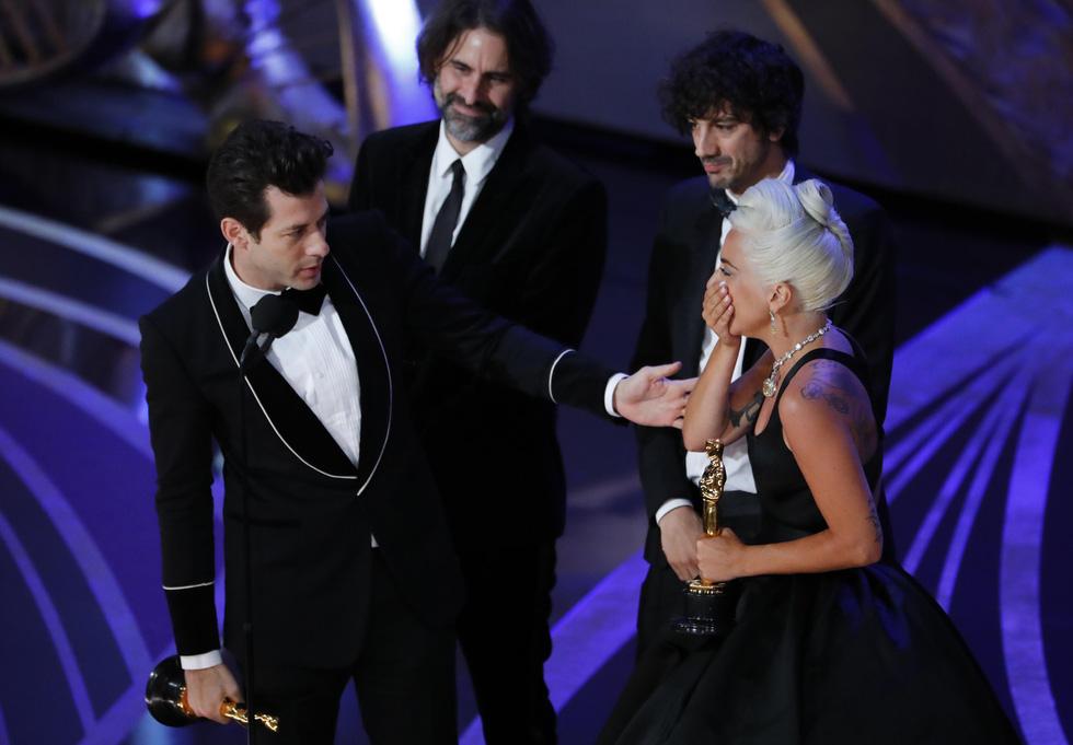 Choáng váng Green Book đoạt Oscar phim hay nhất năm nay! - Ảnh 7.