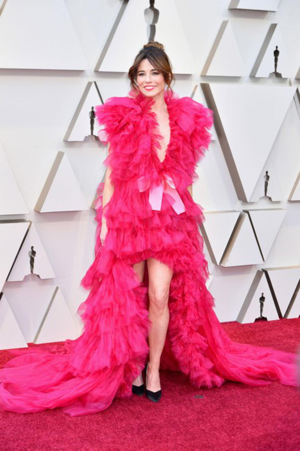 Dàn sao quậy tưng thảm đỏ Oscar 2019 như thế nào? - Ảnh 7.