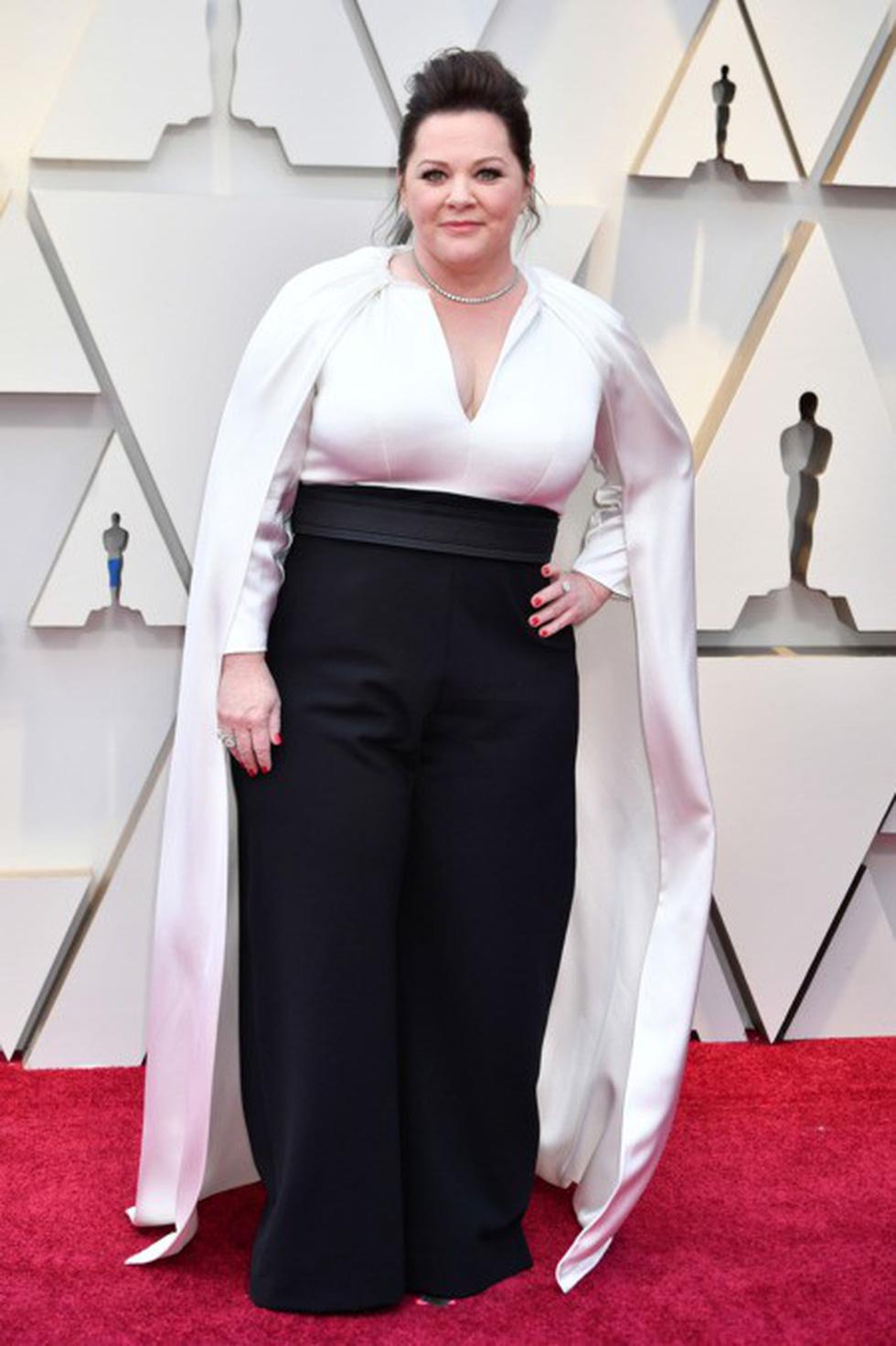 Dàn sao quậy tưng thảm đỏ Oscar 2019 như thế nào? - Ảnh 10.