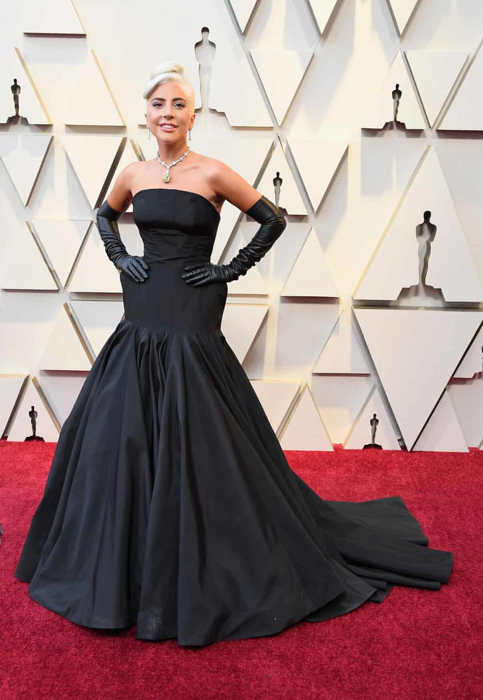 Lộng lẫy dàn sao Hollywood đổ về thảm đỏ Oscar lần thứ 91 - Ảnh 2.
