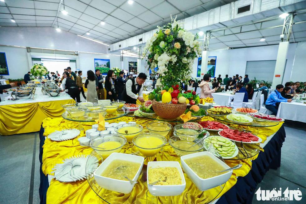 Việt Nam mở đại yến 40 món đãi 3.500 nhà báo  - Ảnh 7.