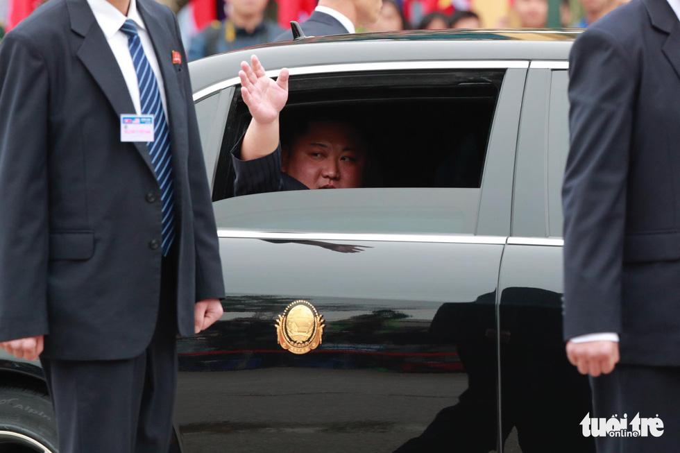 Chủ tịch Kim Jong Un nói gì khi đặt chân đến Việt Nam? - Ảnh 6.