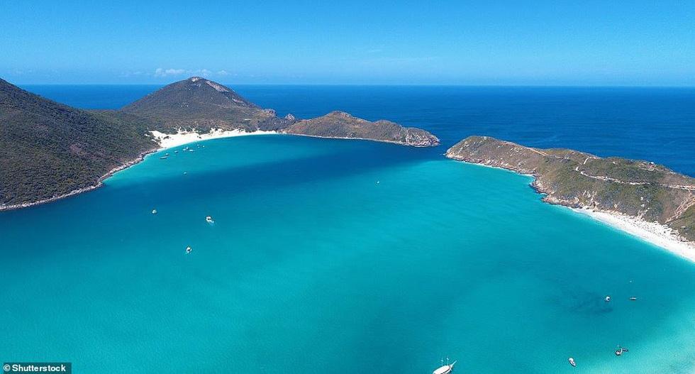 TripAdvisor bình chọn những bãi biển đẹp nhất thế giới 2019 - Ảnh 12.